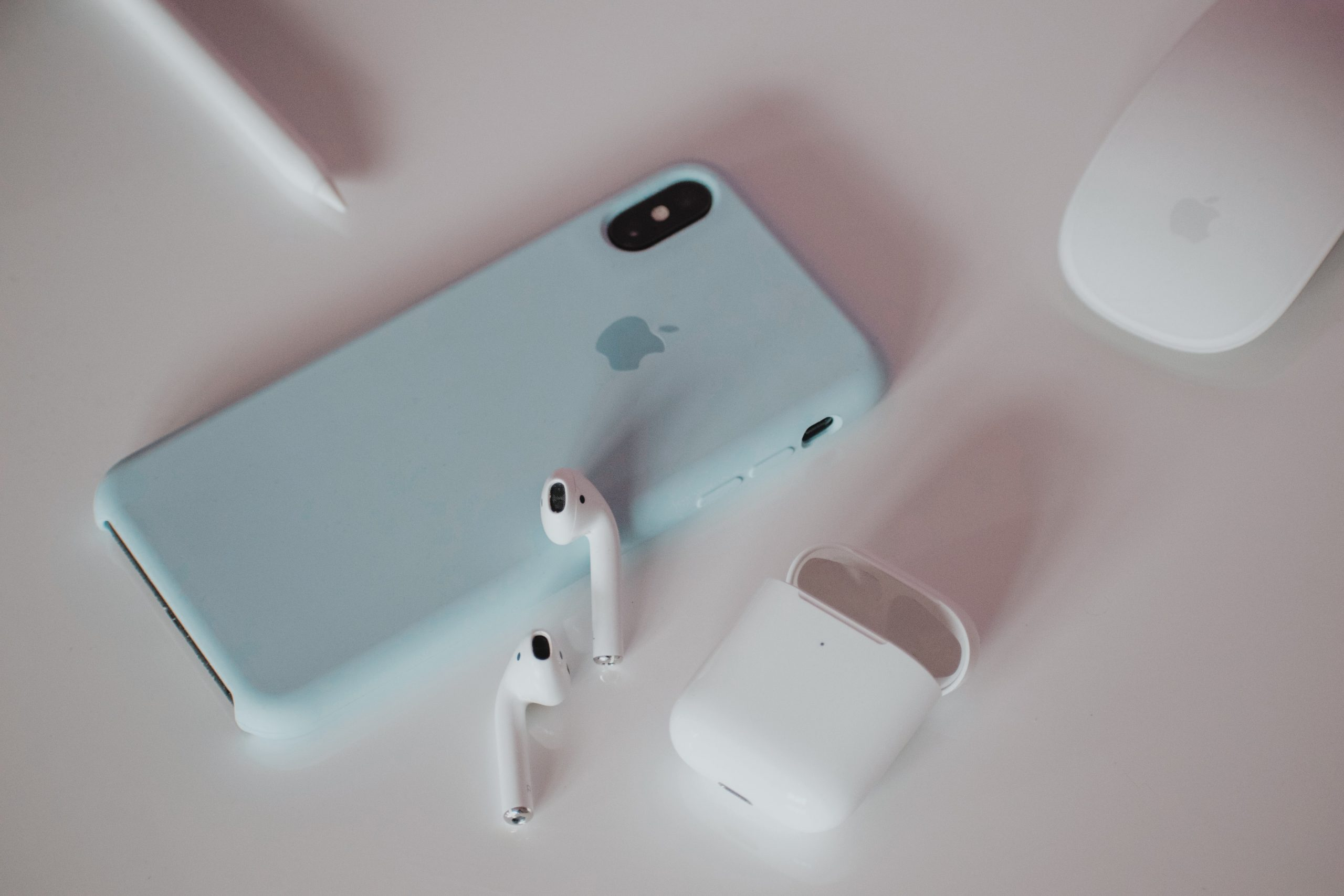 can two different airpods work together